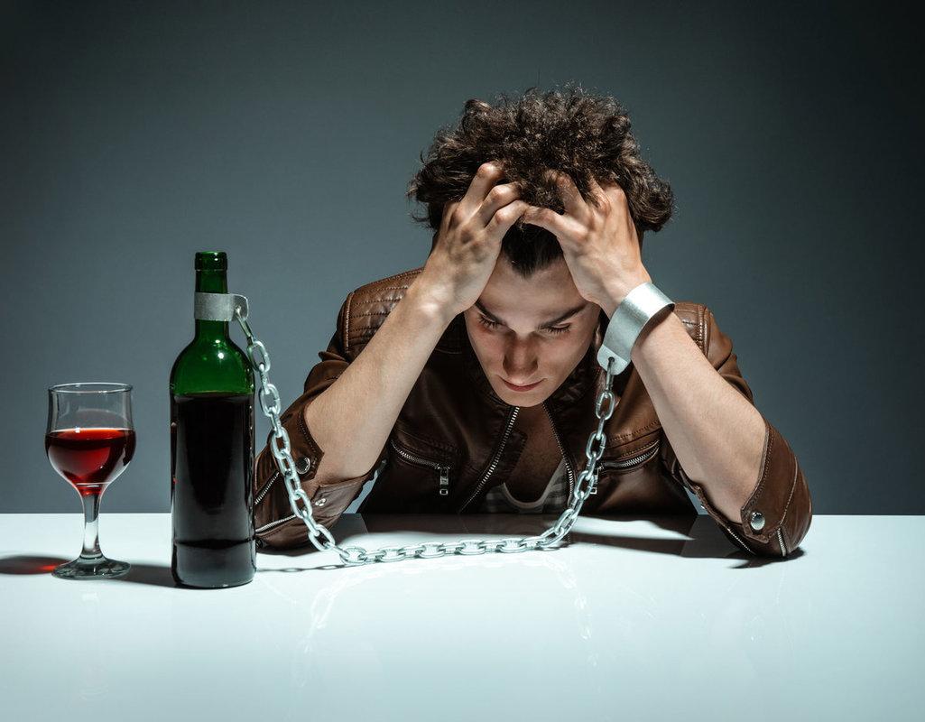 Алкогольная зависимость - это... Симптомы, стадии ...